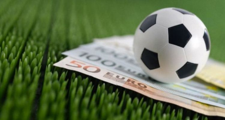 Playing Online Football Betting To Delight In Yourself